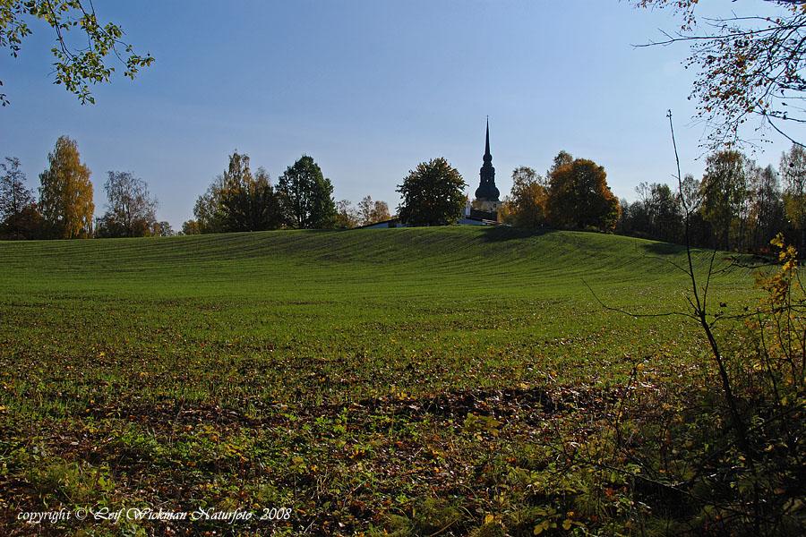 vy-mot-wallingarden-och-kyrkan-08-10-06_5568.jpg